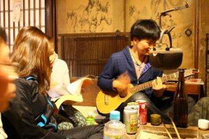 東海道の宿場町にあるゲストハウス「石垣屋」が温かすぎて、第二の故郷になってしまいそう